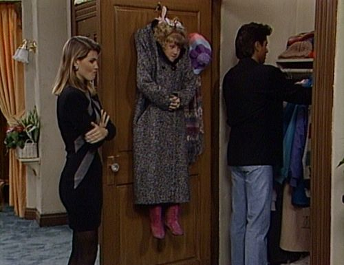 Aunt Becky Full House 90s Fashion 90s Style Pinterest Full House Fashion And House
