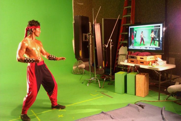 Photos of actors from the cancelled  HD remake of Mortal Kombat feat. Kitana, Sonya, Liu Kang and more image #3