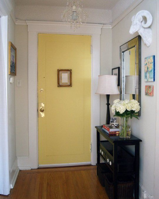 Front doors a collection of home decor ideas to try for Small entry door