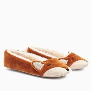 Feeling foxy with new slippers for the winter - how adorable are these?!