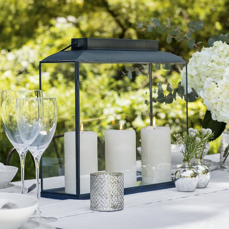 8 best images about summer 39 s new mood home on pinterest for Ornamental centrepiece for a dining table