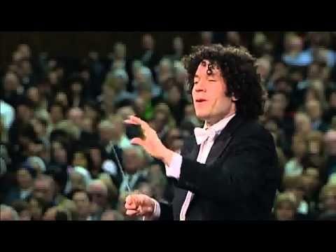 Gustavo Dudamel : Dvorak - Symphony no. 9 - 4th movement - Allegro con fuoco - YouTube