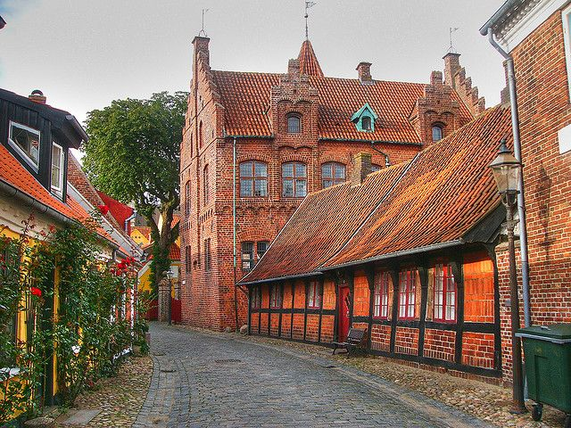 Quiet streets of Ribe, Denmark's oldest & best-preserved town