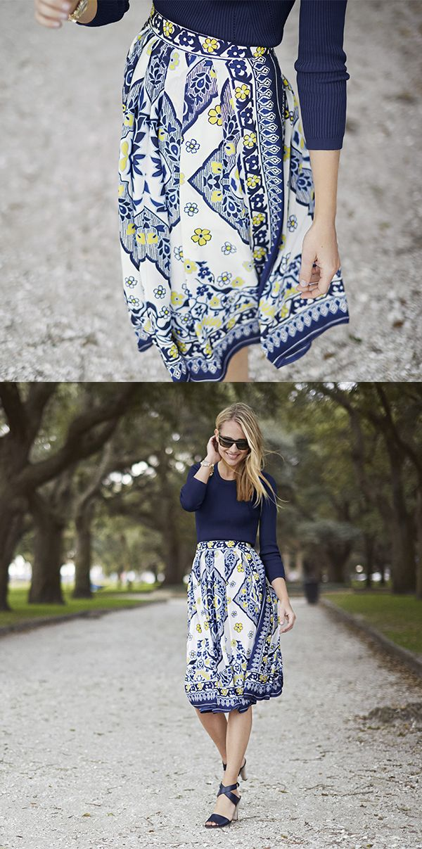 Add a bohemian touch to your look with our flowy knee length blue, white, and yellow print skirt. This stunning print is perfect for office, as well as, a night on the town with friends | Banana Republic