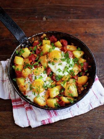 Potato & chorizo breakfast hash: Ingredients 1 large onion 1 clove of garlic 120 g quality chorizo 2-3 cooked potatoes 1/2 bunch of fresh flat-leaf parsley olive oil 2 large free-range eggs