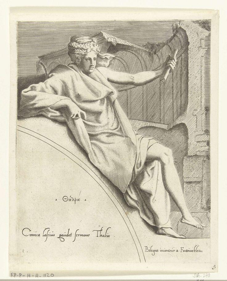 Cornelis Bos | Thalia, Cornelis Bos, Francesco Primaticcio, Léon Davent, c. 1540 - c. 1555 | De muze Thalia leunend op een boog. Ze houdt een boekrol in haar hand. Haar naam in het Grieks en een verwijzing in het Latijn staan op de boog.