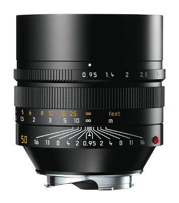 How I would love to play with one of this!! Leica Noctilux-M 50mm f/0.95