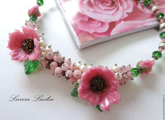 """Колье, бусы ручной работы. Ярмарка Мастеров - ручная работа. Купить Колье """"Розовый сон"""". Handmade. Колье лэмпворк цветы"""