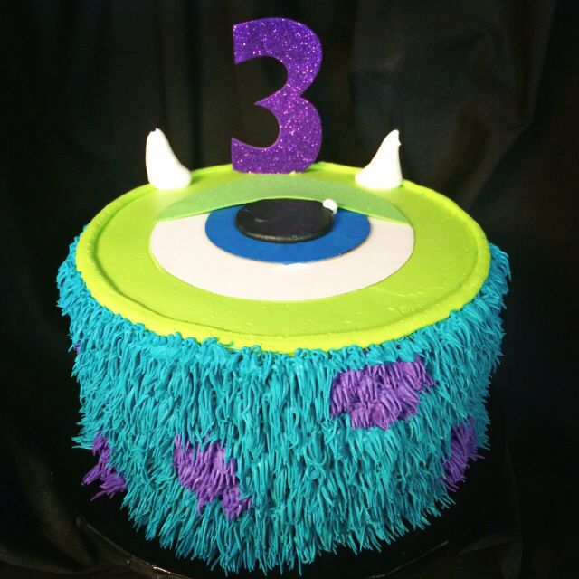 Monsters Inc cake made with whipped icing
