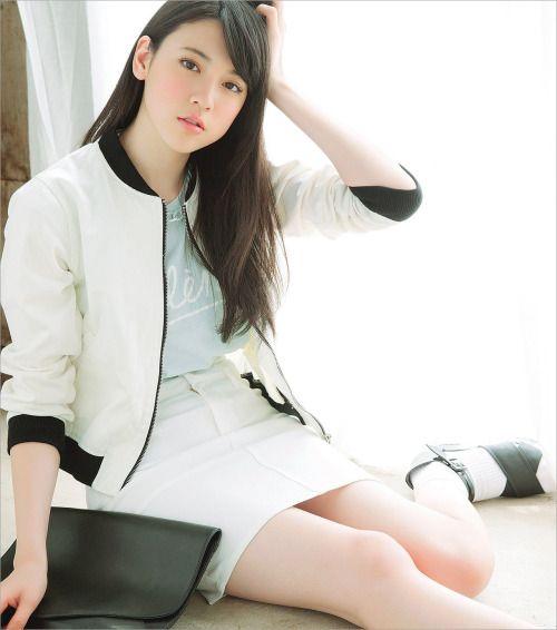 【三吉彩花】画像・動画まとめ#三吉彩花 - Japan Beauty Bazz