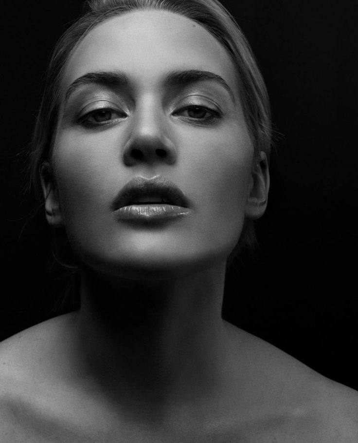 Kate Winslet / Actress / Black and White Photography