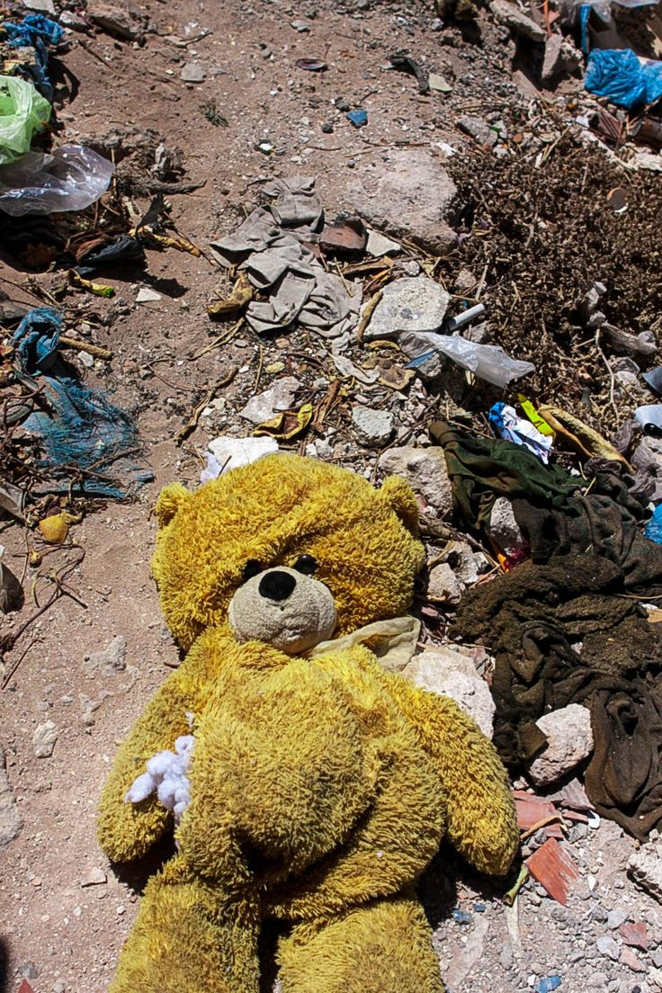 A discarded teddy bear among the litter I found in Safi.