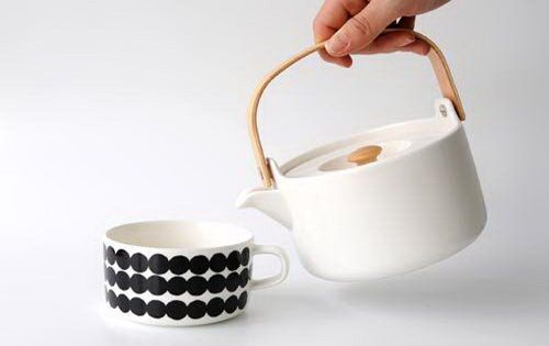 Marimekko tea pot and cup