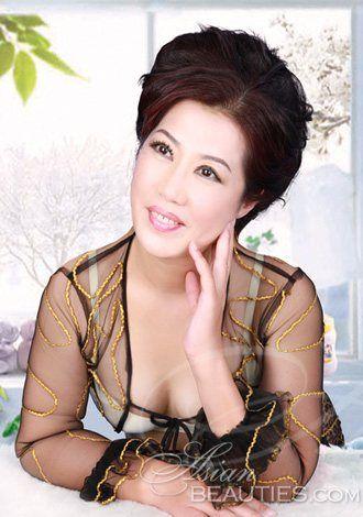 Bikini Asian woman meixia from Weihai, 51 yo, hair color Black