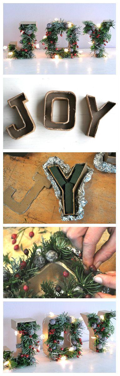 Kerststukje maken! | Deze met kerstgroen gevulde letters maak je eenvoudig zelf. De complete DIY vind je op http://www.christmaholic.nl!
