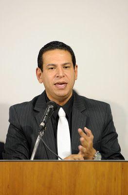 ALEXANDRE GUERREIRO: GOVERNISTA SIM, CLASSISTA SEMPRE!