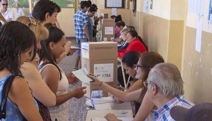 Urtubey unifica la elección provincial con la nacional: Primarias el 13 de agosto y generales el 22 de octubre. El electorado salteño…