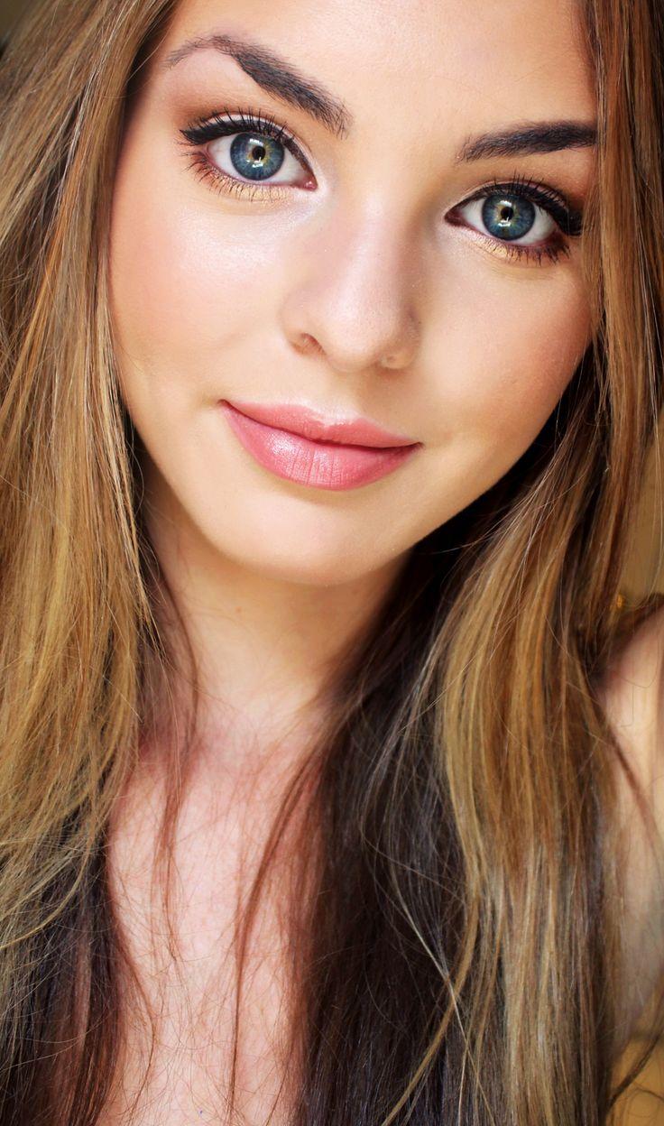 sarandon-workshop-young-teens-hair-and-makeup-young-blonde-girl