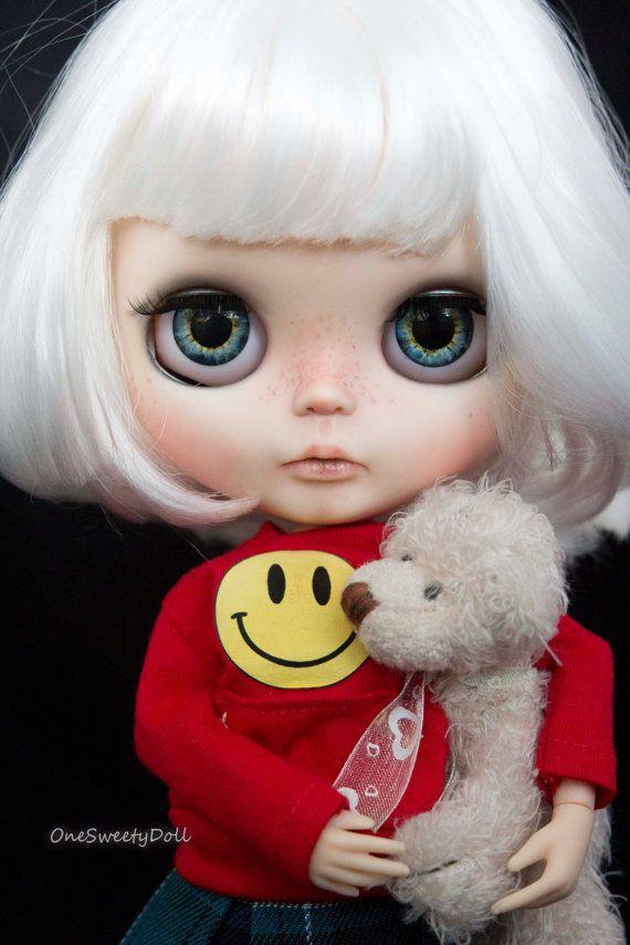 Anays - White krátké vlasy RBL Blythe továrna na zakázku OOAK