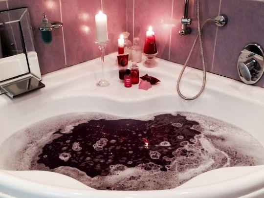 17+ best ideas about Romantic Bath on Pinterest ...