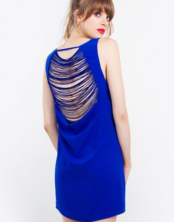 – Shift dress with back fringe detail – Sleeveless – Lined – Side invisible zipper with hook & eye closure – Color: Royal Blue  Size + Fit – Model is wearing size S – Measurements taken from size S – Front length: 34.25″ – Chest: 34″ – Waist: 37