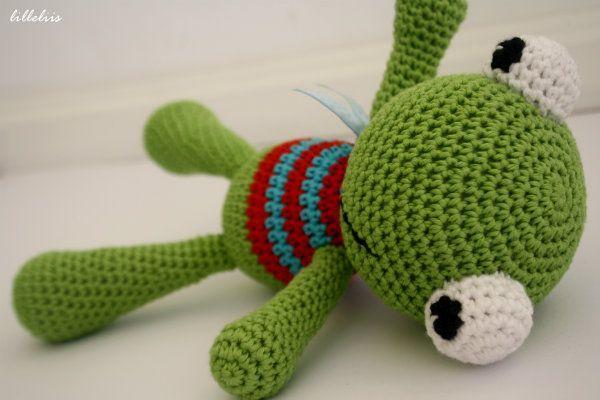 Felix the Frog - FREE amigurumi crochet pattern!