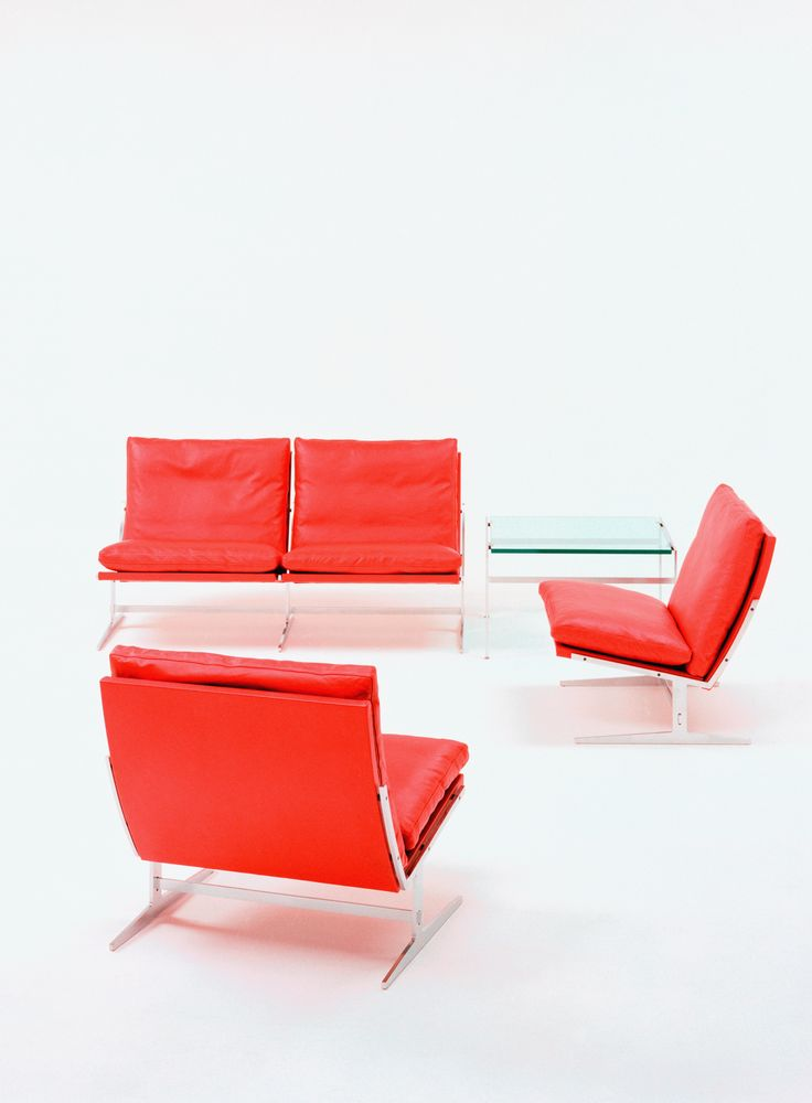 bo-561 easy chairs, bo-562 sofa and bo-550 side table. Bright and bold designs by Fabricius & Kastholm for bo-ex furniture. http://www.bo-ex.dk/project/bo-561/