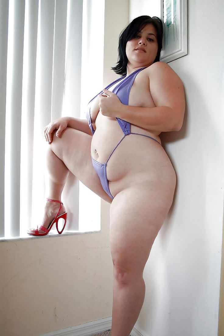 Fat sexy ladies naked pole