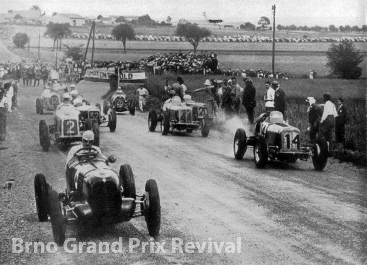 Vintage grand prix de pau auto racing giclee art print f1 for Garage automobile pau
