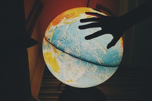 Light up globePhotos, Trav'Lin Lights, Hands, Globes