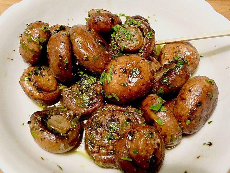 Marinierte Pilze, ein raffiniertes Rezept aus der Kategorie Marinieren. Bewertungen: 20. Durchschnitt: Ø 4,4.