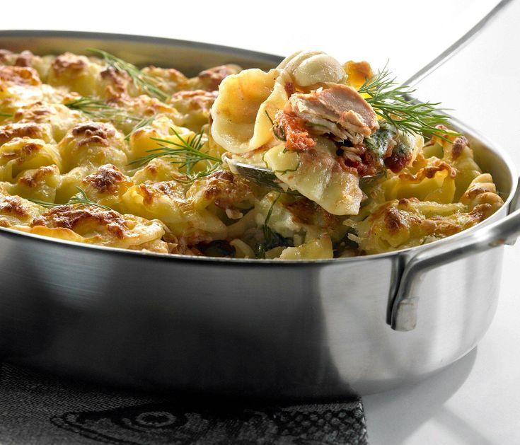 Rippeistä saa inspiraation ja hyvän pohjan uudelle ruualle. Tonnikala-pastavuoan juustokastike tehdään tietysti jääkaappiin unohtuneista juustonpaloista.
