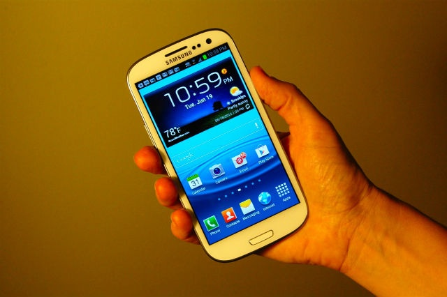 Samsung Galaxy S III: Not So Human After All [REVIEW]