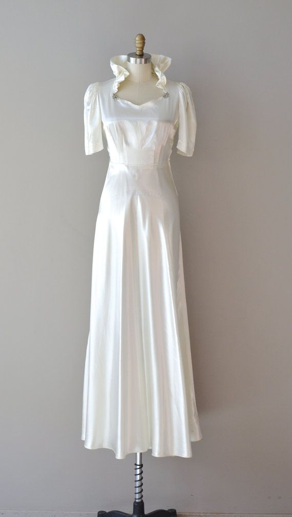 1930s dress / 30s wedding dress / In the Campagna