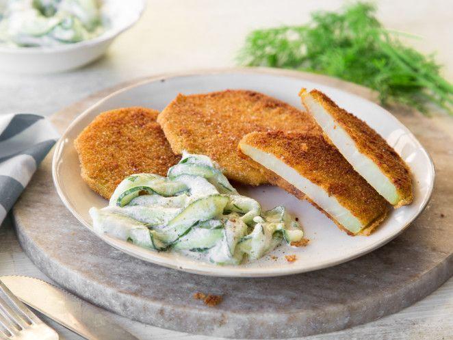 Veggie-Kohlrabi-Schnitzel mit Gurkensalat