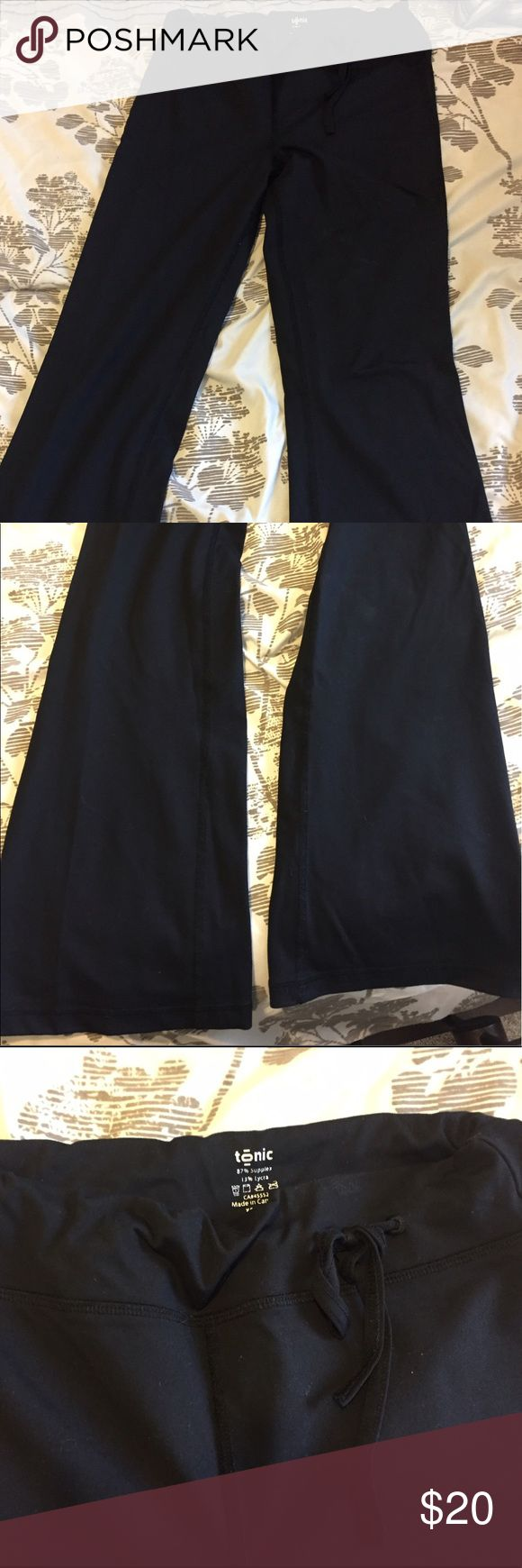 Tonic Yoga Pants Flare Size XS Black Tonic Activewear Yoga Pants. Flares with draw cord waist. Hardly worn. Snug around hips and thighs and flare out below knees. Drawcord waist means they won't be too tight around the waist but stay up as supportive. Tonic Activewear Pants Leggings