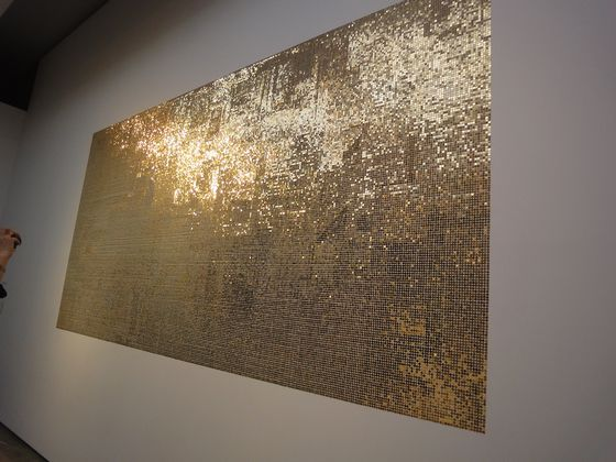 """gold finger"" 2011 by Motohiro Tomii, made with lots of pushpins"