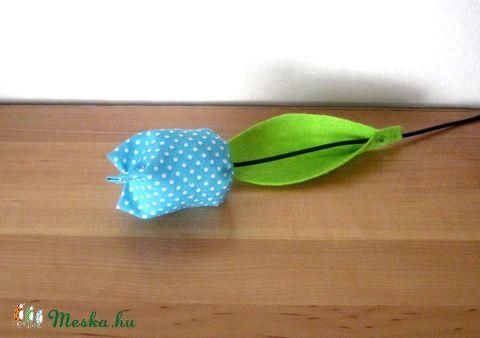 Meska - Tulipán szálak textilből - kék eszterszemek kézművestől
