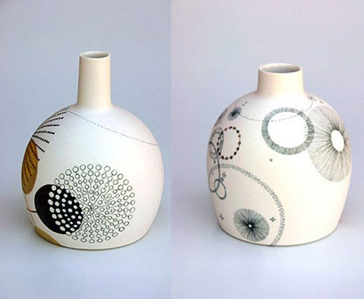 Like infinity art painted white vases. Tania Rolland.