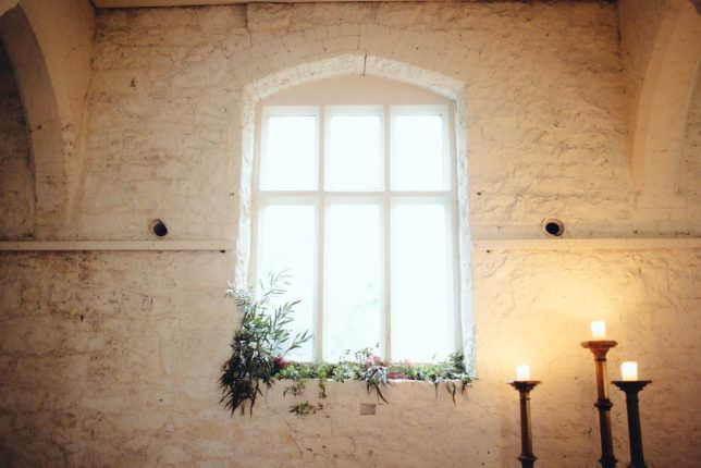 A Moody Winter Styled Shoot by Naomi Jorge on Rosemary & Twine