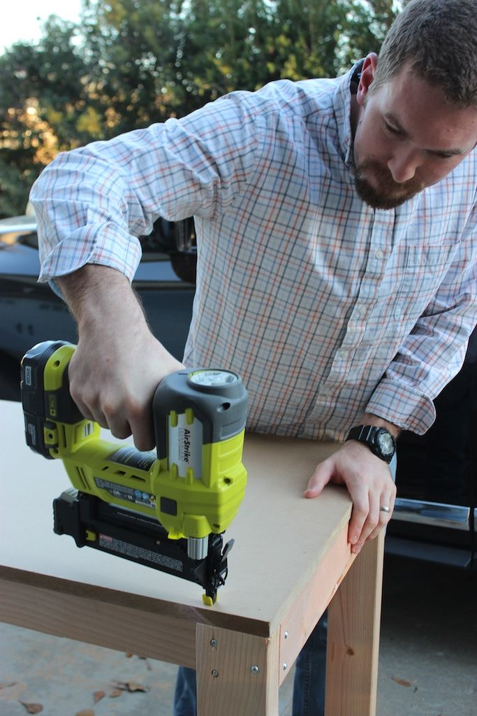 Easy Portable Workbench Plans - Rogue EngineerEasy Portable Workbench Plans - Rogue Engineer