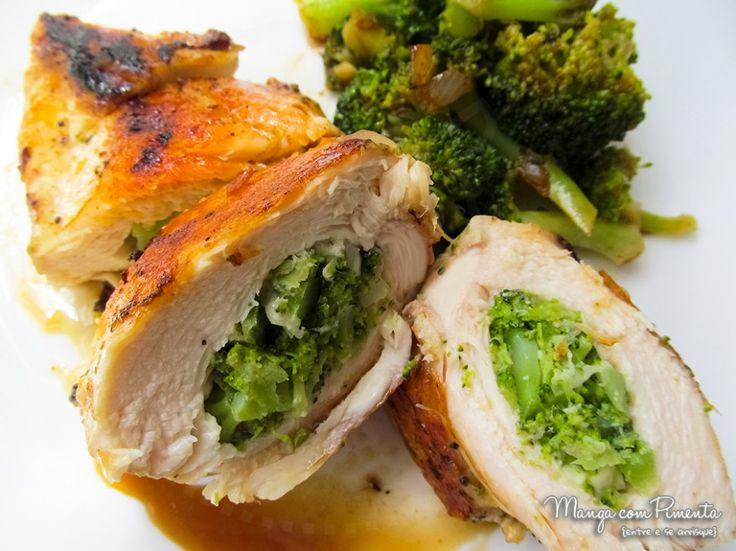 Quer uma receita gostosa e saudável? Clique aqui e confira o prato do dia, Frango Recheado com Brócolis.