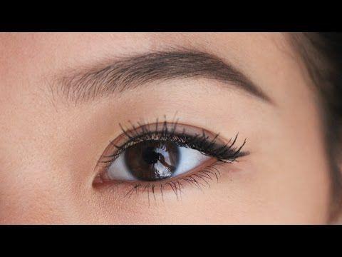 Lernen Sie, wie Sie mit diesen Schritt-für-Schritt-Anleitungen für Anfänger und für Produkte, die Ihre Brauen von gut zu großartig machen, auf natürliche Weise Augenbrauen zeichnen! #BeautyTipsForDarkCircles