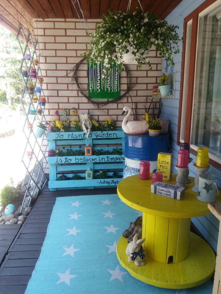 Väriä elämään! My backterrace.