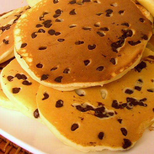 Chocolate Chip Pancakes | How to Make Chocolate Chip Pancakes - From ...
