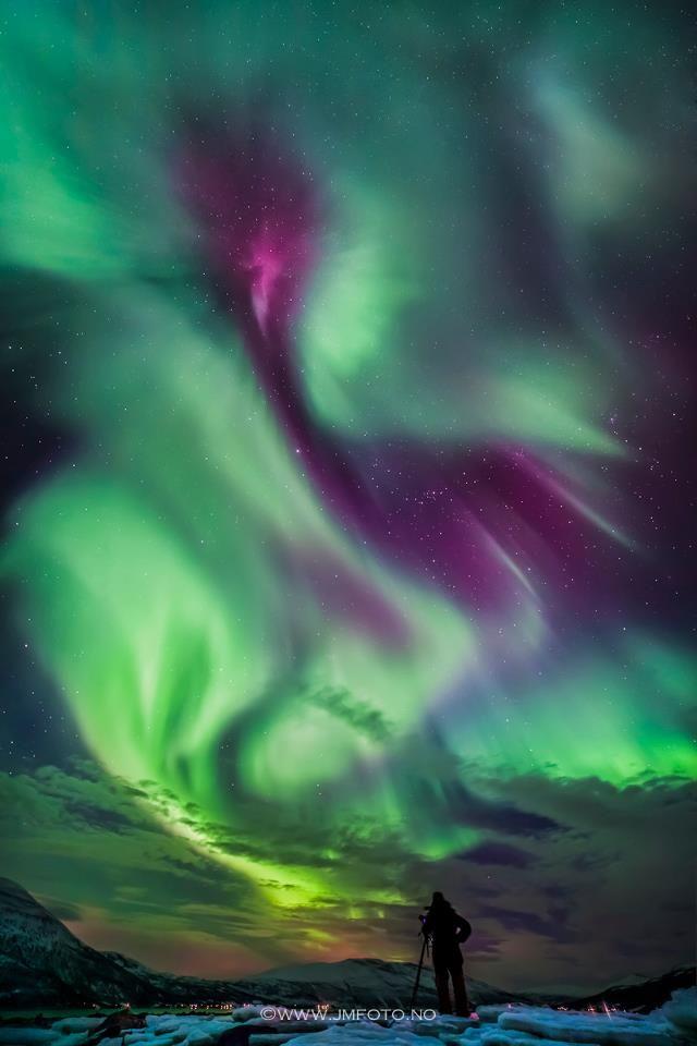 Northern light by Jens-Morten Øvervoll, Norway.