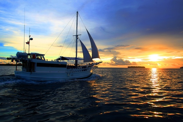 The Nomad Sunset Sail