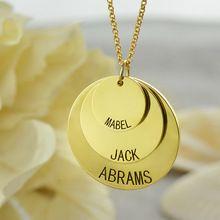 Семья название диска ожерелье золота мама ожерелье с малыша имена согреться те ближе всего к вашему сердцу персонализированные диск кулон ювелирные изделия(China (Mainland))