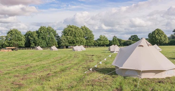 What a busy week it has been! However I managed to find some time to write a blog post about why Bears & Butterflies bell tents are a great addition to your wedding. And we're offering a massive 20% off tent hire if your wedding is before 21st May this year!