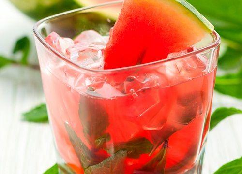 4 boissons naturelles et légères pour vous aider à mincir - Améliore ta Santé